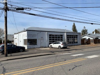 Milwaukie, Gladstone Commercial For Sale: 9391 SE 32nd Ave