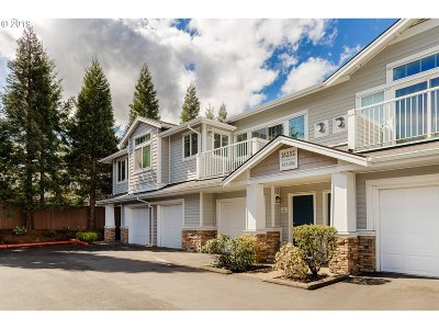 Beaverton Condo/Townhouse For Sale: 16252 SW Audubon St #202