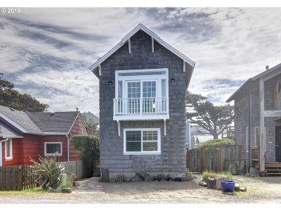Cannon Beach Single Family Home For Sale: 213 W Siuslaw St