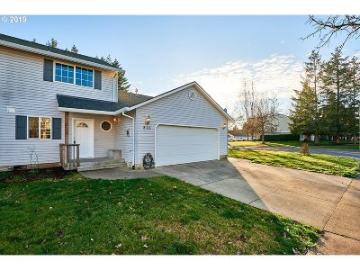 McMinnville Single Family Home For Sale: 810 NE Ashby Ct