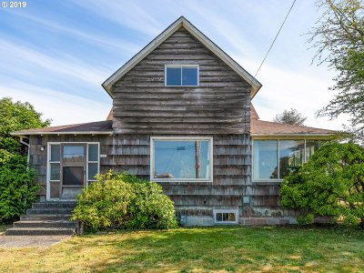Seaside Single Family Home For Sale: 1011 6th Ave