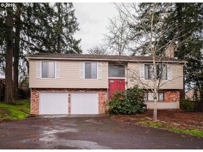 Beaverton Single Family Home For Sale: 6855 SW 174th Pl