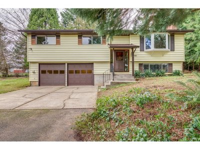 Oregon City Single Family Home For Sale: 14995 Glen Oak Rd