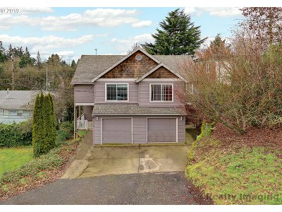 Portland Multi Family Home For Sale: 1418 SW Moss St
