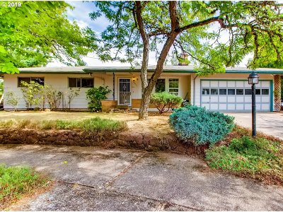 Single Family Home For Sale: 3018 SE 169th Ave