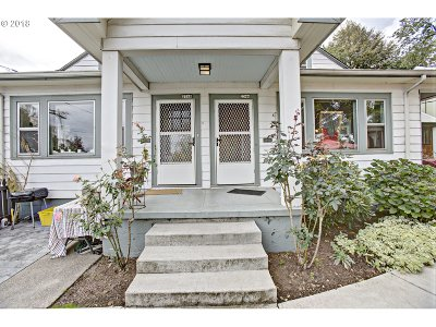 Clackamas County, Multnomah County, Washington County Multi Family Home For Sale: 2346 SE Pine St