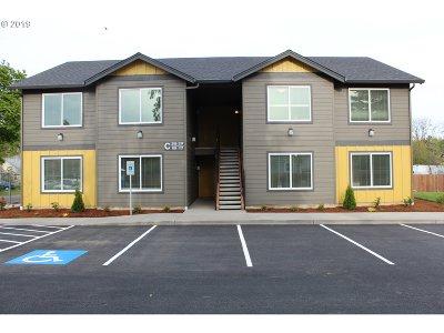 Battle Ground Multi Family Home For Sale: 221 SE Clark Ave