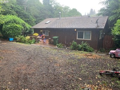 Coos Bay Single Family Home For Sale: 1105 N 7th