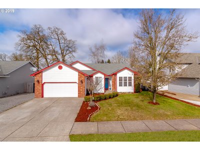 Stayton Single Family Home For Sale: 1615 Hummingbird Ln