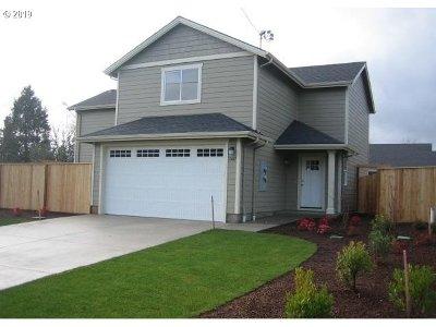 Dallas Multi Family Home For Sale: 1587 SW Hayter St