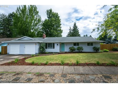Newberg Single Family Home For Sale: 2500 Haworth Ave