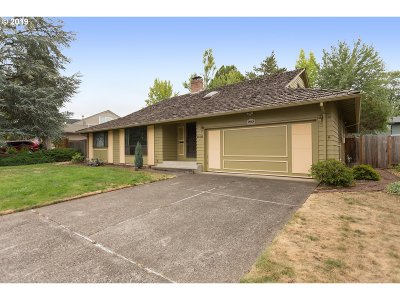 Beaverton Single Family Home For Sale: 15510 NW Norwich St