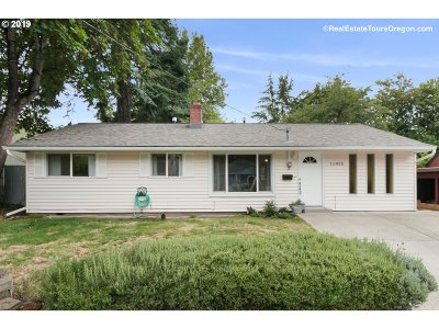 Beaverton Single Family Home For Sale: 11955 SW 13th St