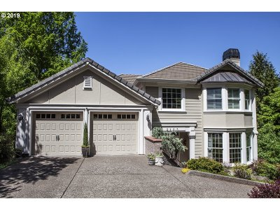 Lake Oswego Single Family Home For Sale: 3125 Alber Spring Ct