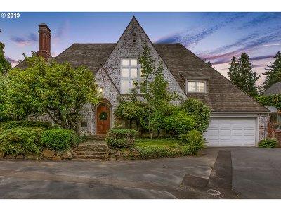 Salem Single Family Home For Sale: 460 Leffelle St S