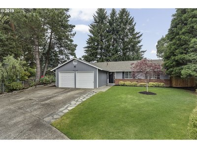 Washington County Single Family Home For Sale: 19325 SW Melnore Ct