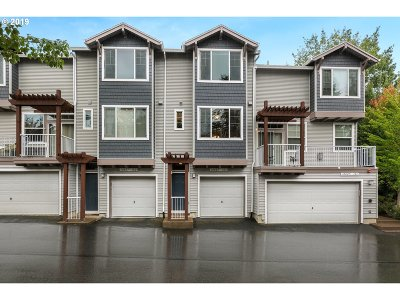 Tigard Single Family Home For Sale: 10825 SW Canterbury Ln