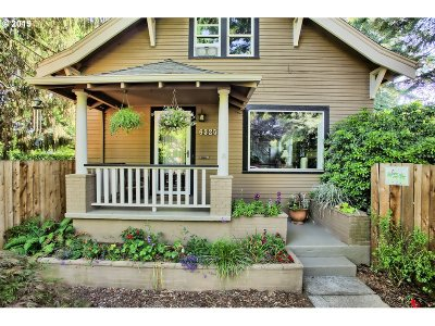 Portland Single Family Home For Sale: 6325 SE 46th Ave