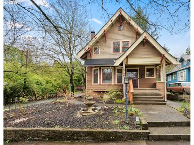 Cully, Beaumont-Wilshire, Hollywood, Rose City Park, Madison South, Roseway Single Family Home For Sale: 5405 NE Sacramento St