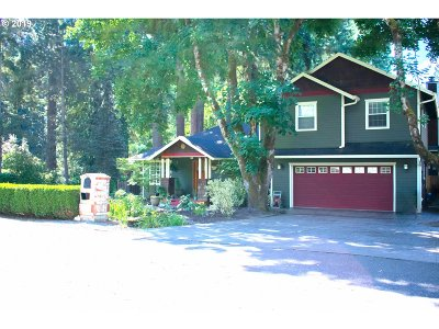 Lake Oswego Single Family Home For Sale: 5350 SW Dawn St