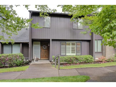 Eugene Single Family Home For Sale: 21 Westbrook Way