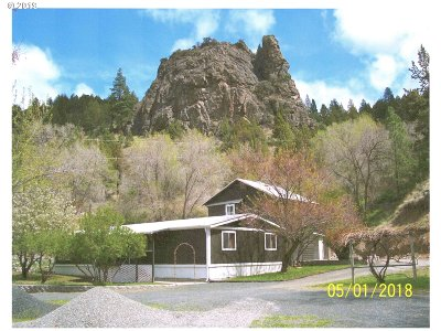 Grant County Single Family Home For Sale: 345 S Canyon City Blvd