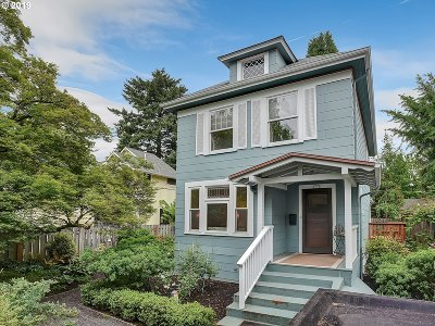 Portland Single Family Home For Sale: 2736 SE 31st Ave