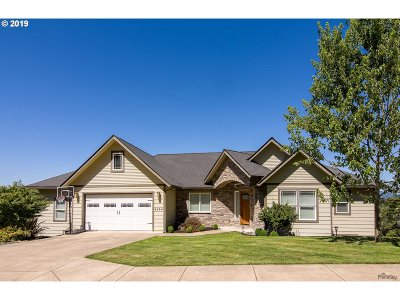 Springfield Single Family Home For Sale: 6464 Dogwood St