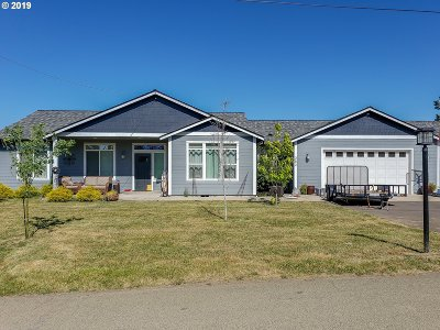 Sutherlin Single Family Home For Sale: 382 Plat M Rd