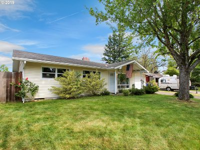 Portland Single Family Home For Sale: 752 SE 180th Ave