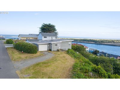 Bandon Single Family Home For Sale: 310 2nd Street SW
