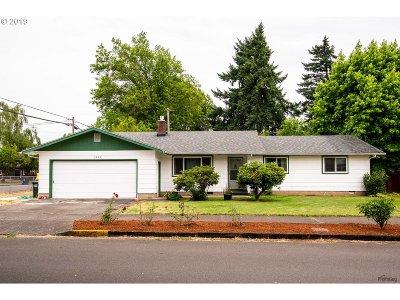 Junction City Single Family Home For Sale: 1025 Oak St