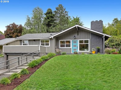 Portland Single Family Home For Sale: 2623 SW Boundary St