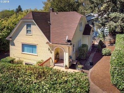 Clackamas County, Multnomah County, Washington County Multi Family Home For Sale: 1704 SW Moss St