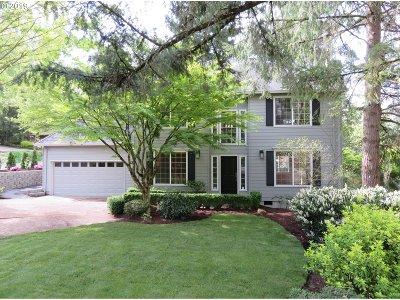 Portland Single Family Home For Sale: 5714 SW Hamilton St