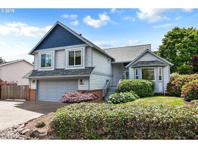 Beaverton Single Family Home For Sale: 1185 NW 174th Pl
