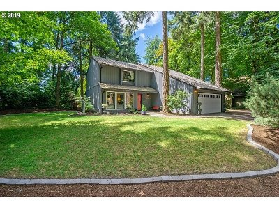 Tigard Single Family Home For Sale: 17497 SW Rivendell Dr