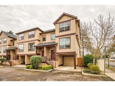 Beaverton Condo/Townhouse For Sale: 2941 SW 187th Ave