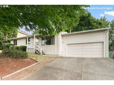 Happy Valley, Clackamas Single Family Home For Sale: 8780 SE Marcus St