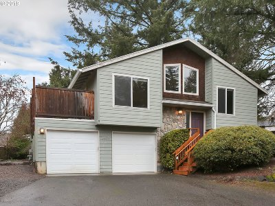 Single Family Home For Sale: 7405 SW Pine St