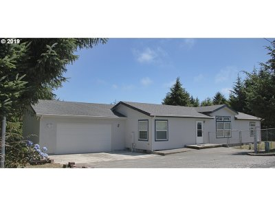 Coos Bay Single Family Home For Sale: 62661 Seven Devils Rd