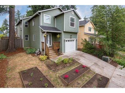 Portland Single Family Home For Sale: 13058 SE Grant St