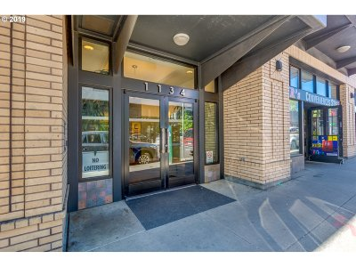 Condo/Townhouse For Sale: 1134 SW Jefferson St #604