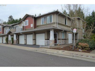 Beaverton Condo/Townhouse For Sale: 14745 SW Sandhill Loop