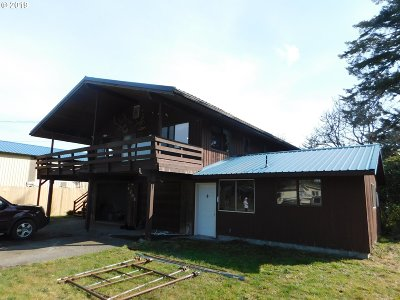 Coos Bay Single Family Home For Sale: 63555 Flower Rd