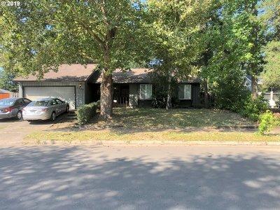 Hillsboro Single Family Home For Sale: 2255 SE Meadowlark Dr