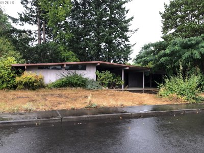 Canby OR Single Family Home For Sale: $250,000