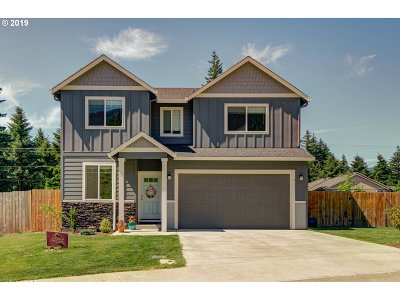 Single Family Home For Sale: 911 SE Warco Dr