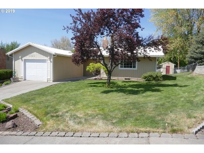 Pendleton Single Family Home For Sale: 3323 SW Kirk Ave