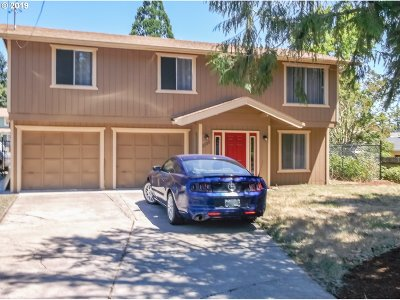 Roseburg Single Family Home For Sale: 2133 NW Watters St